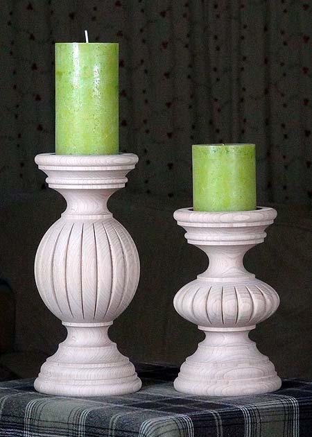 Kerzenstaender aus Holz BLAU